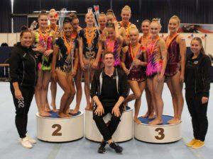 Sportacrobatiek Zwolle keert met een record aantal medailles terug van het NK in Ahoy